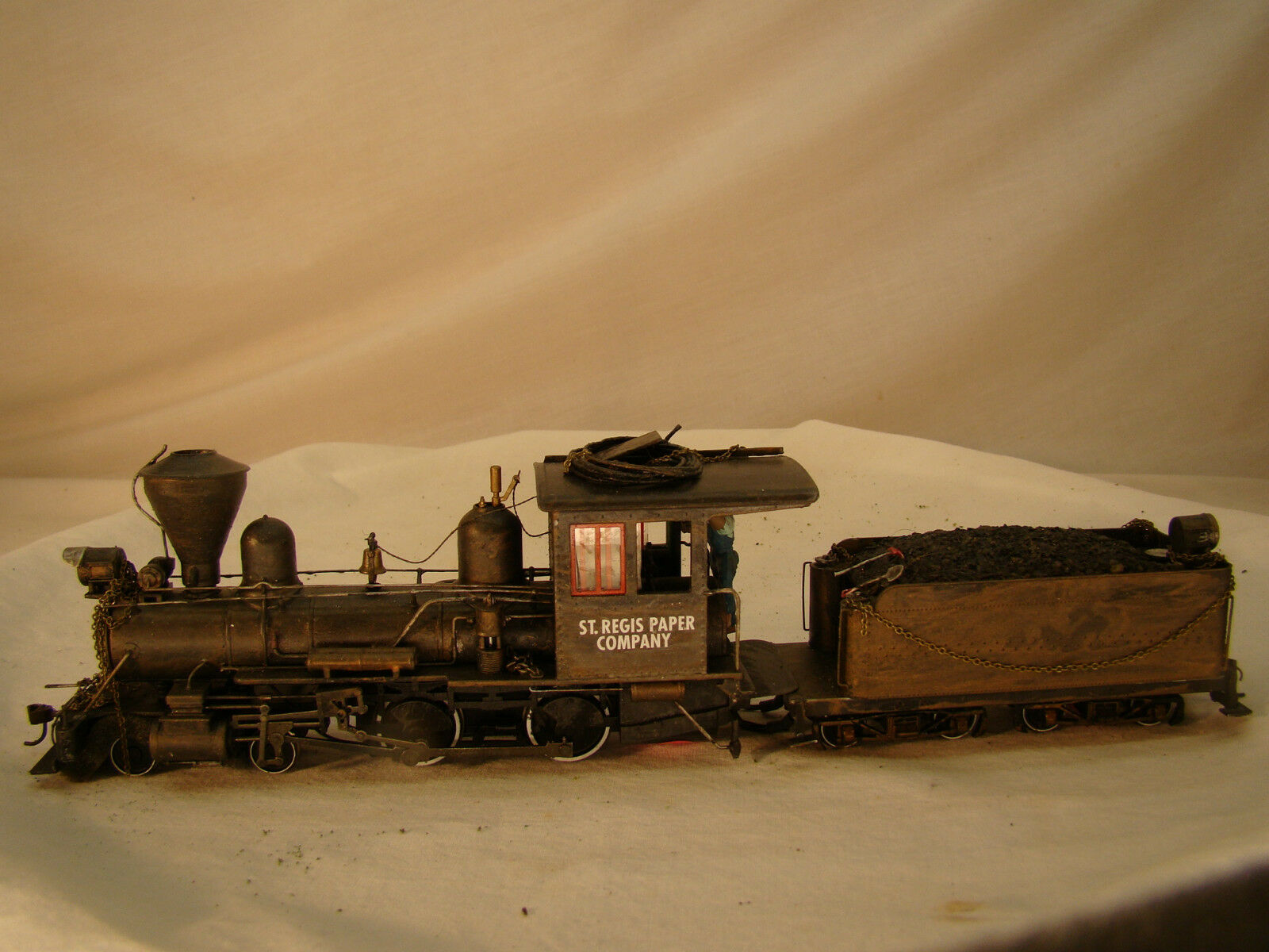 4-4-0  Logging Steam Locomotive DCC and Sound - custom weatherosso - On30 - lot 14