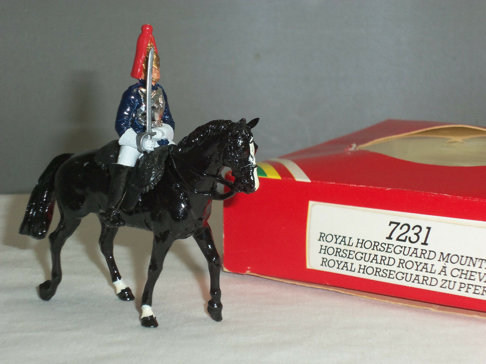 BRITAINS 7231 BRITISH ROYAL HORSEGUARD MOUNTED CEREMONIAL TOY SOLDIER FIGURE