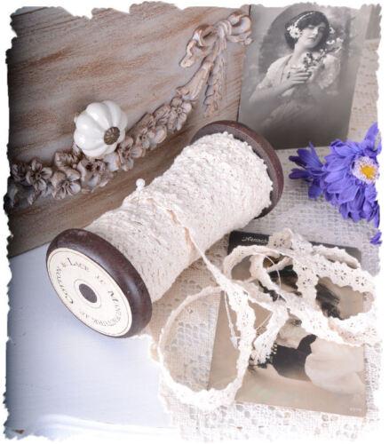 Vintage Dekospitze Holzspile Geschenkband weiss Spitze shabby chic Spitzenband