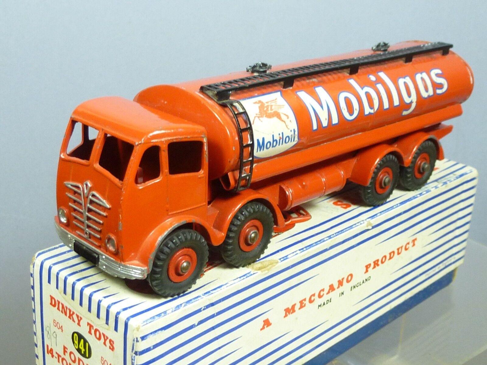 DINKY SUPERTOYS MODEL No.941 FODEN  MOBILGAS  TANKER        VN MIB