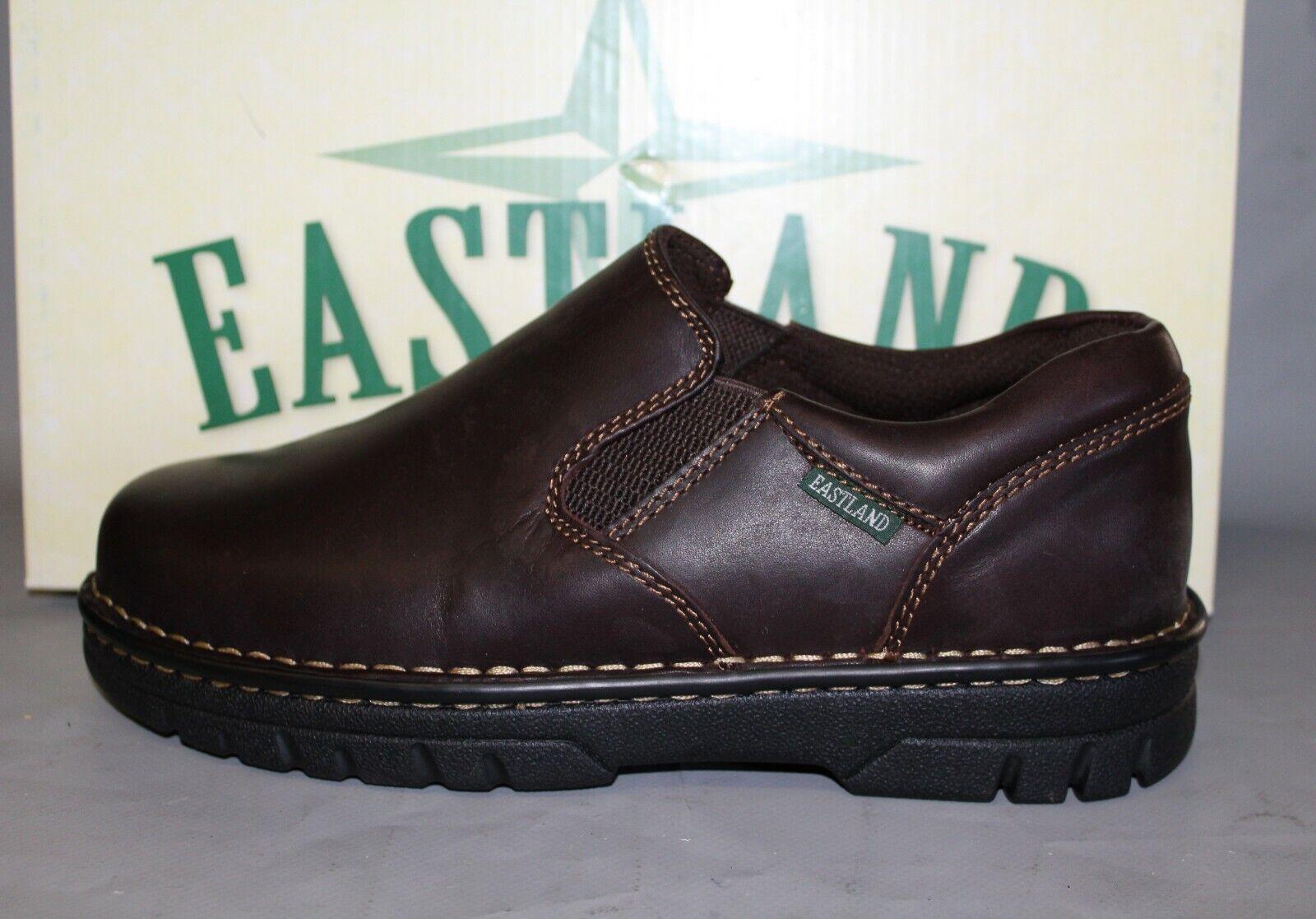 Nuevo Para hombres Eastland Newport tamaño 10.5 amplia, Marrón Cuero Mocasines