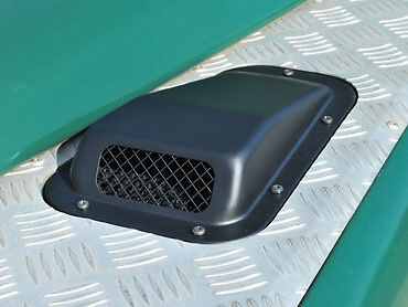Land Rover Defender R//H Wing Top Air Scoop  DA4001