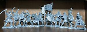 Publius nouvelles croisades chevaliers SARACEN 12 figurines TOY SOLDIERS Publius 1:32