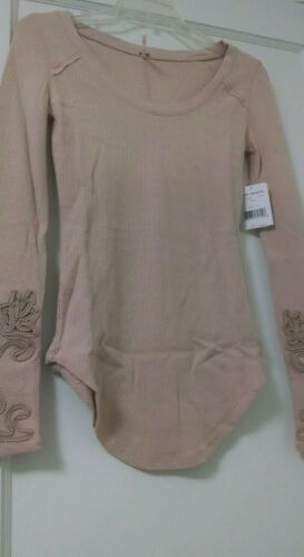 FREE PEOPLE MASQUERADE CUFF THERMAL LILAC LIGHT PINK OMBRE NWT M