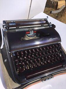 ✨GALAXY✨ 1956 Olympia SM3 Typewriter *HotRod Typewriter Co* Serviced/Superb
