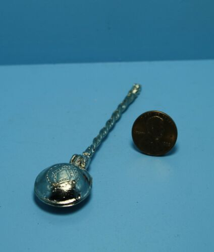 Dollhouse Miniature Antique Under the Bed Warmer Pan ~ N0203