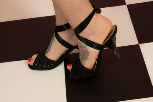 Jewelled 5 Ribbon Choice Black Lucite Heels Irregular Carved Lace Faux Up TFvqa