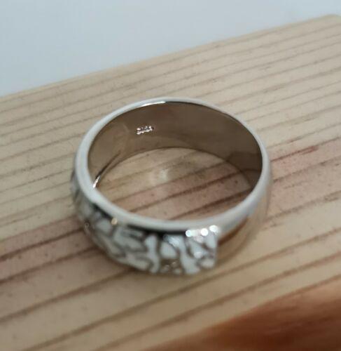 Bellos brillantes anillo plateado con Acanto y 2cz cristal 24g