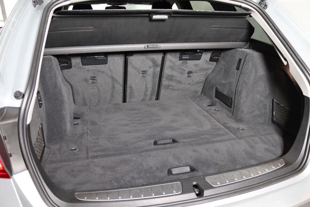 BMW 320d 2,0 Touring Sport Line aut. - billede 9