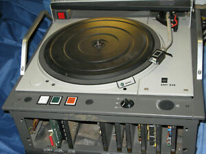 EMT-948-BROADCAST-TURNTABLE-IN-VERY-CLEAN-WORKING-CONDITION-WITH-REMOTE-CASE