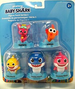 Play-Doh Pinkfong Baby Shark Set with 12 Non-Toxic