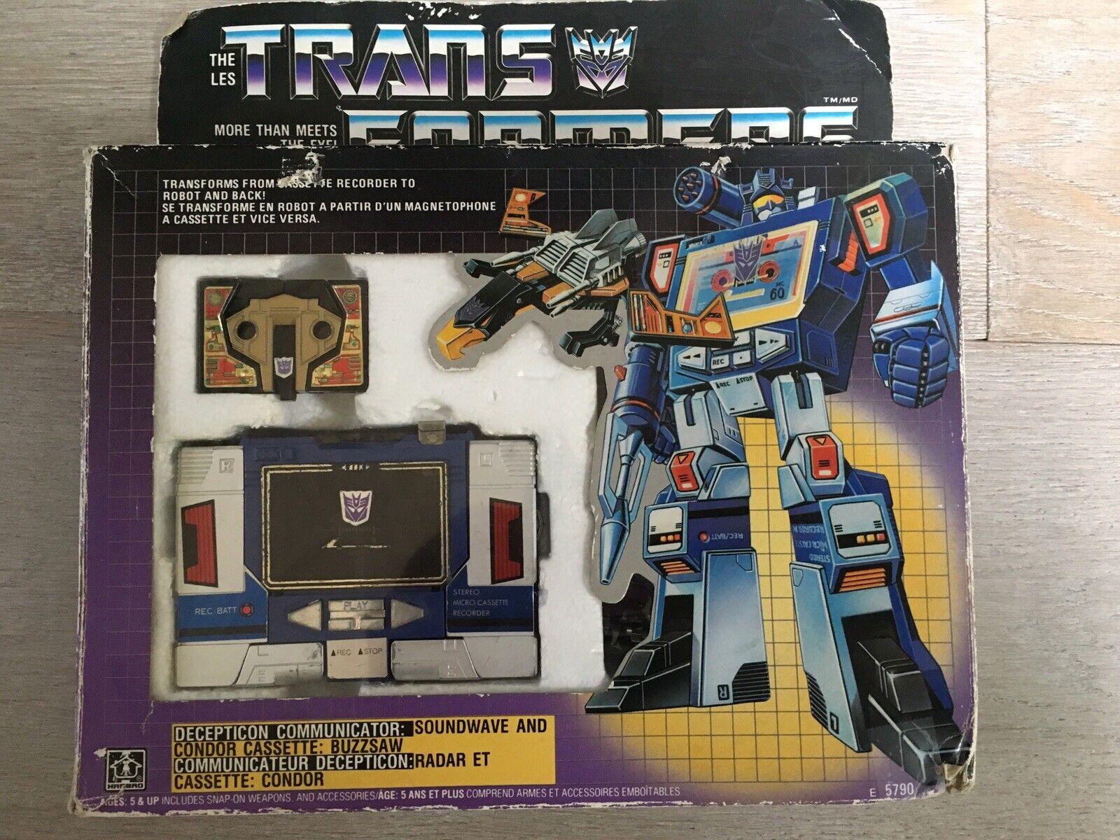 Transformers Canadian Original G1 1984 Soundwave w  Buzzsaw Complete w  Box