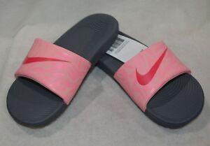 6aab72349 Nike Girl s Kawa Dark Grey Pink Slide Print Sandal (GS PS ...