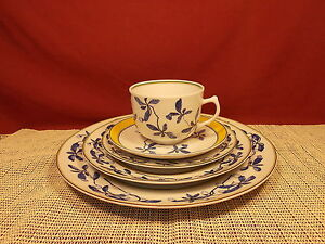 Image is loading Porcel-Porcelain-Dinnerware -Imperial-Promise-Pattern-5-Piece- : porcel dinnerware - pezcame.com