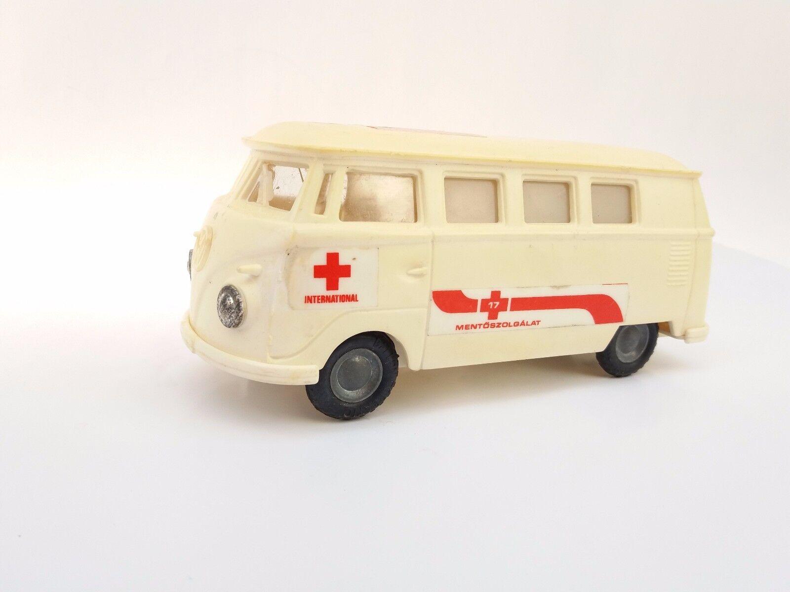 Vintage Ancien rare friction jouet en plastique ambulance wolksvagen bus  service d'urgence  excellent prix