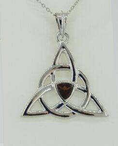 0-8-Carat-Granat-Anhaenger-keltischen-Knotenmuster-925-Silber-Unendlichkeit