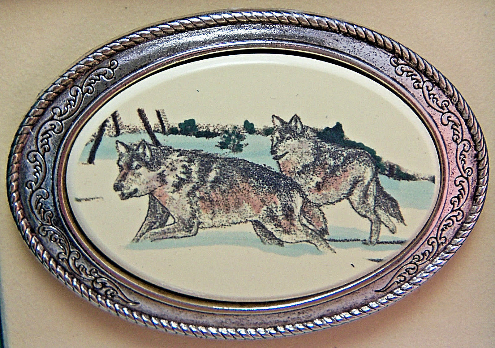 Wolves Running Belt Buckle Barlow Photo Reproduction Wolf Silver 592636c NEW