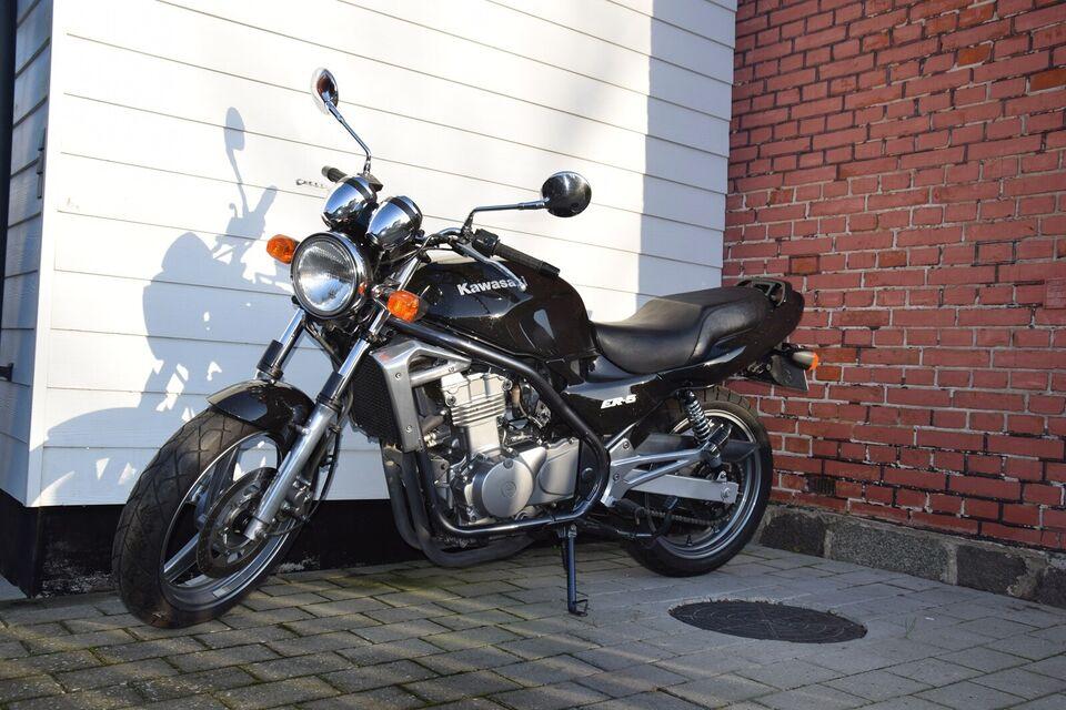 Kawasaki, Kawasaki ER 500, 500 ccm