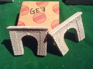 2x Single Tunnel -n Scale Gauge- - Painted Ready To Go- Random Stone Style