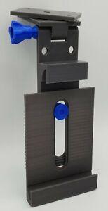 Details zu Tablet Halterung, Universal für Unterbau Hängeschrank Küche oder  Wandhalterung