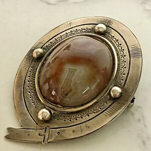 Vintage-Sterling-Silver-Stamped-Belt-Brooch-Agate-Center