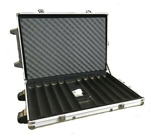 1000-Piece-Empty-Poker-Chip-Case-with-Two-Wheels-amp-an-Extendable-Handle