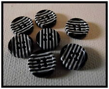 LOT 7 BOUTONS noir rayures blanches  11 mm 1,1 cm * 4 trous * button * Mercerie