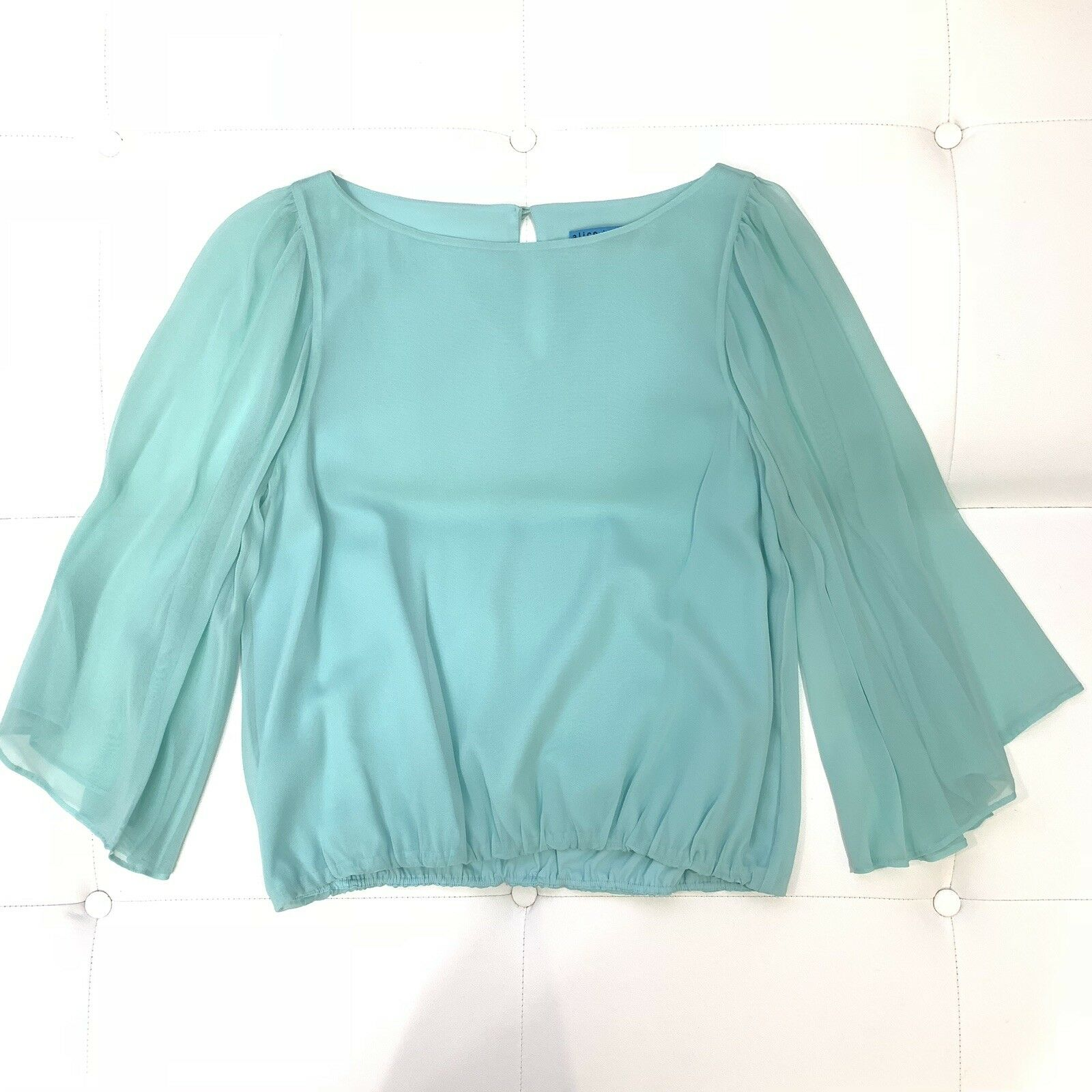 ALICE+OLIVIA Baby Blau Silk Butterfly Sleeve Blouse Sz M