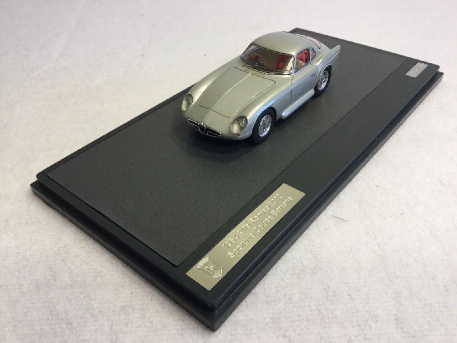 Matrix Scale Models Alfa Romeo 2000 Sportiva 1954