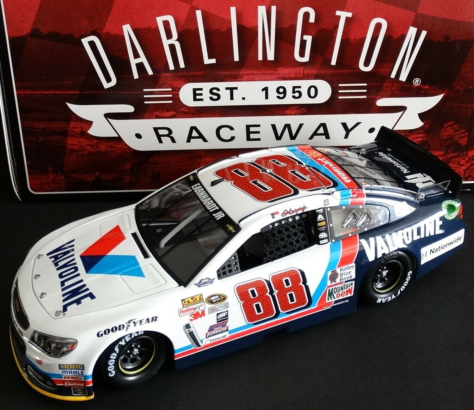 Dale Earnhardt Jr  88 Valvoline 1 24 acción 2015 Darlington Chevy 1104 4888 ss