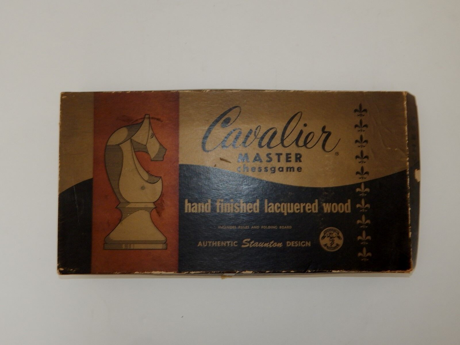 Vintage Cavalier Master Chess game Complete Model 1441  R18012