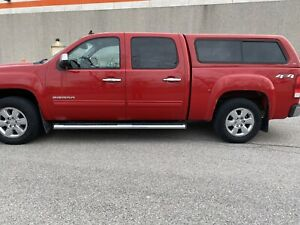 2011 GMC Sierra 1500 SLT crew cab with cap REDUCED PRICE