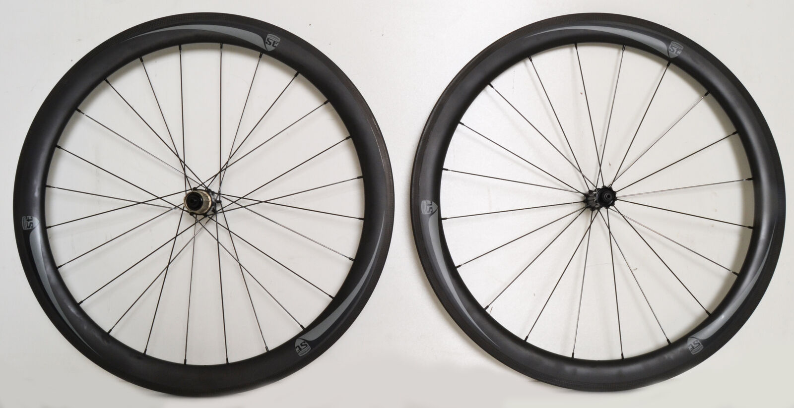 STRADALLI CARBON CLINCHER ROAD BICYCLE BIKE WHEELSET 50MM RADIAL LACE AERO LIGHT