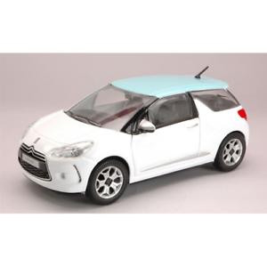 CITROEN-DS3-2010-WHITE-AZUR-1-24-Burago-Auto-Stradali-Die-Cast-Modellino