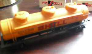 Vintage-HO-Scale-AHM-Shell-Tank-Car-SCCX-1245-LOOK