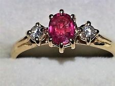 Amazing Red Ruby & White Diamond anello oro giallo 9kt