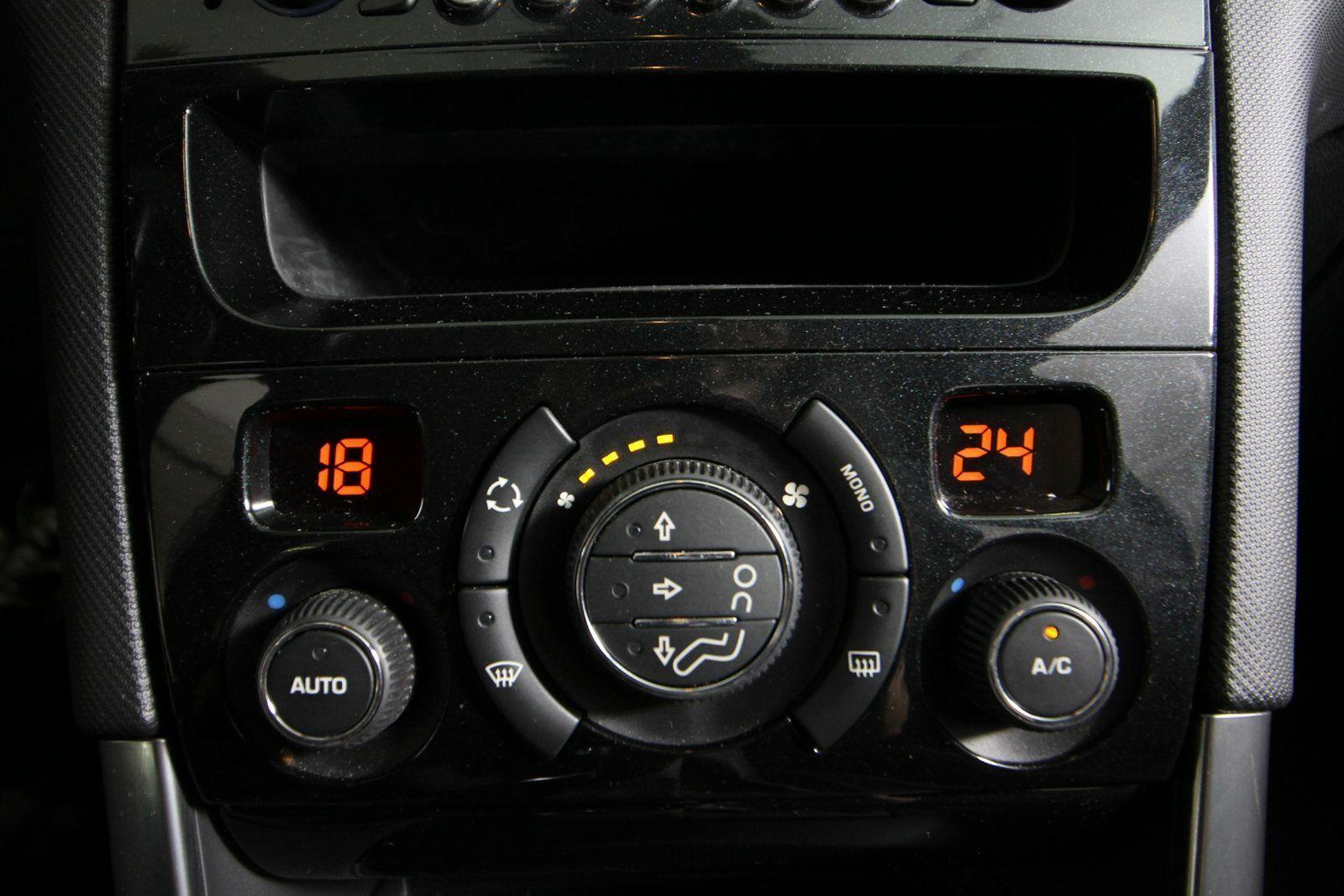 Peugeot 308 e-HDi 114 Style