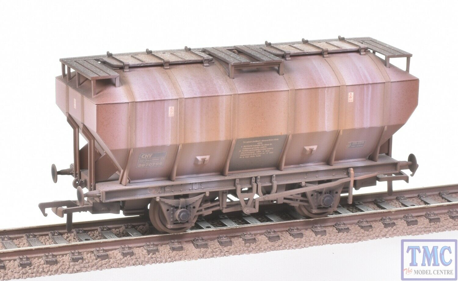 38-500A Bachmann OO BR 35T Covered Hopper Wagon Deluxe Weathering