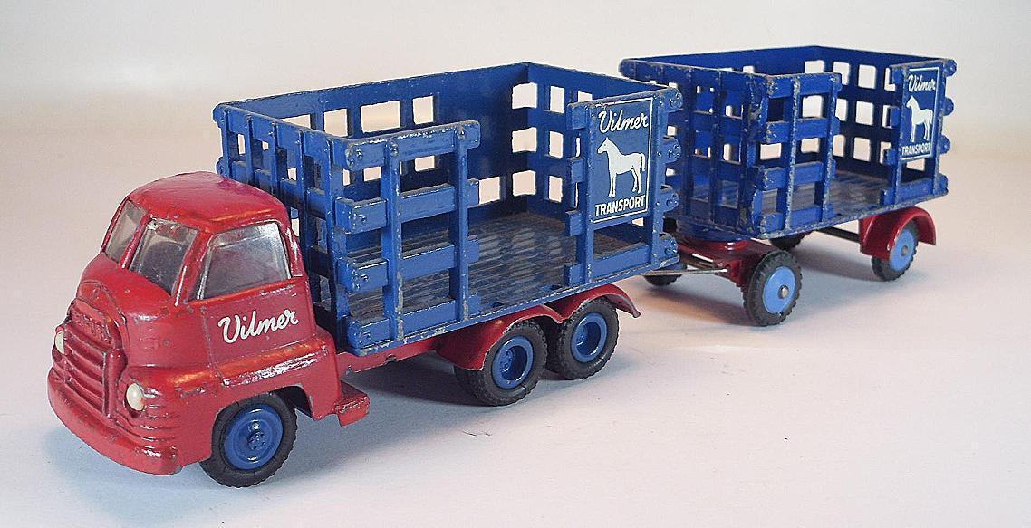 Invincible Invincible Invincible pour forcer le groupe à acheter aucune livraison à des prix abordables Vilmer Denmark Nº 620/621 bedford Cattle truck   Caravane #5102   2019  d74bd8