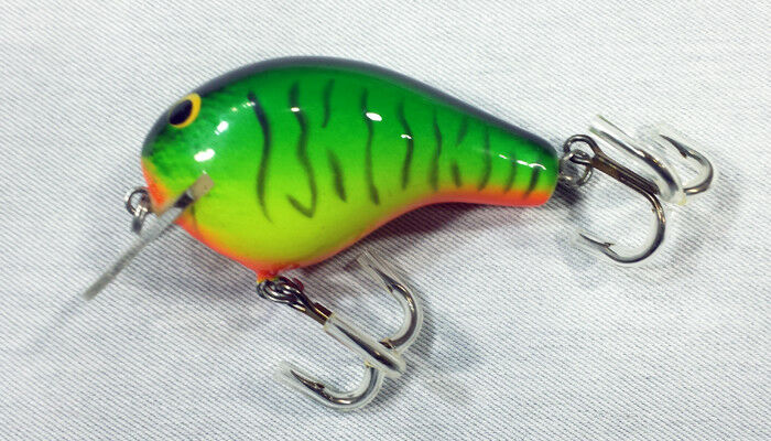 Bagley BB2-H69T Fishing Lure  Vintage   Collectible  Hard to Find  wholesale prices