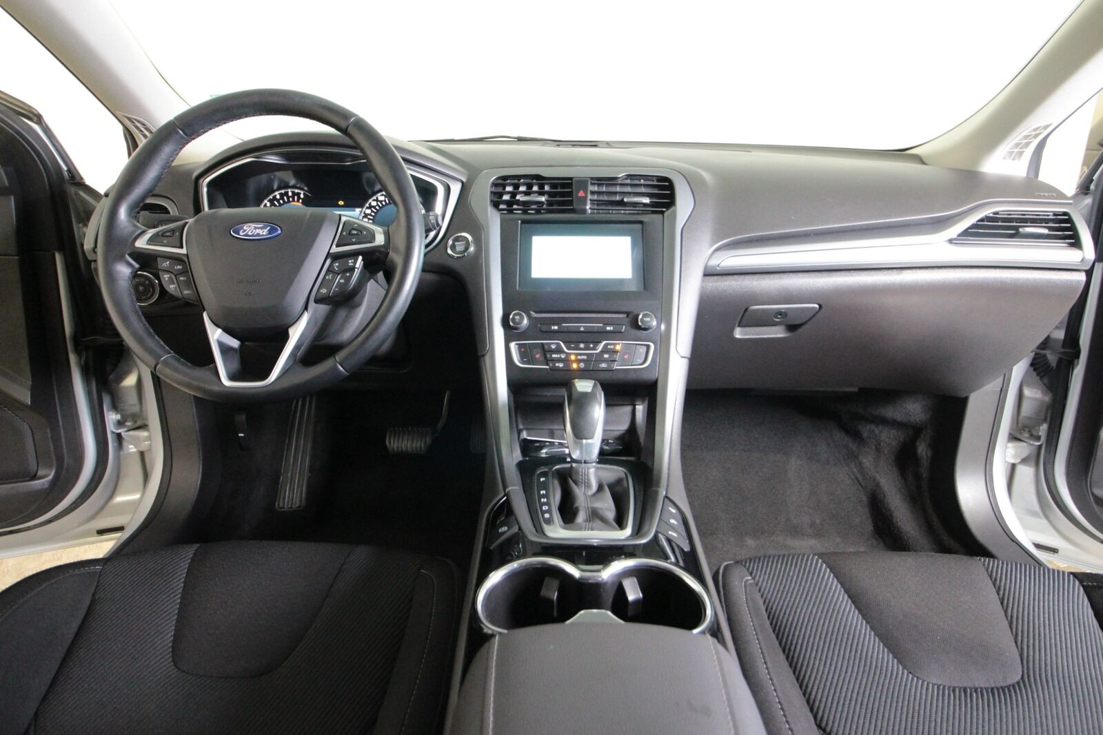 Ford Mondeo TDCi 180 Titanium stc. aut AWD