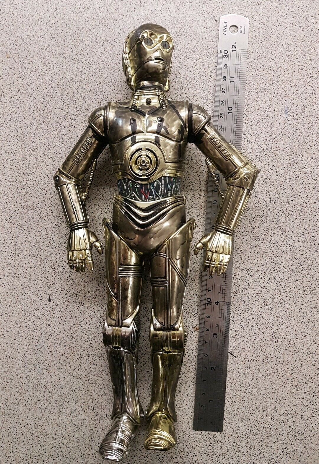 1 6 scale 1998 Star Wars 12 inch C3P0 talks and eyes light up ELECTRONIC works