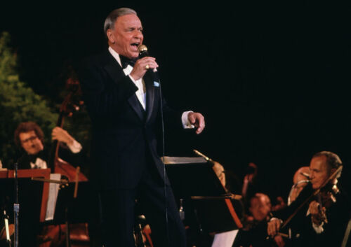 CANVAS Frank Sinatra Singing on Stage Art print POSTER