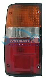 Fanale Posteriore Sinistro Toyota Hilux Pick Up 4wd Pick Up Ln105 Anno 89 - Toyo Couleurs Fantaisie