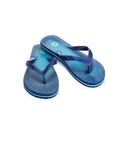 46834a6d5827 NEW VINEYARD VINES DEEP BAY BLUE PUZZLE WHALE PRINT FLIP FLOPS ...