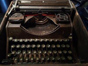 Old typewriter hermes 2000