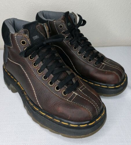 DR. DOC MARTENS BROWN ANKLE BOOTS SIZE 5 9793