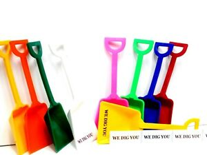 """12 Small Toy Shovels Mix of 9 Colors 12 """"We Dig You"""" Stickers Mfg USA*"""