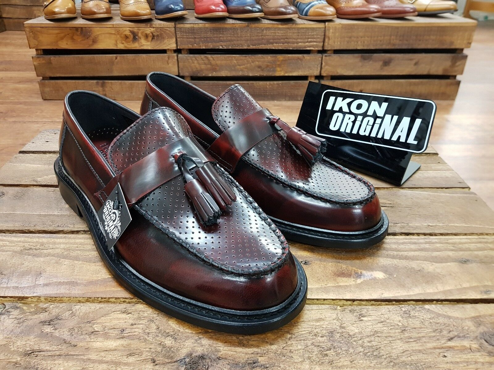 IKON ORIGINALS    Quad Punch    Mens Bordo tassel Loafers shoes    NEW