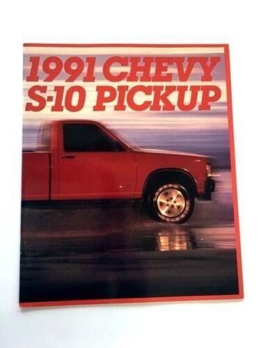 Truck Cameo Baja 1991 Chevrolet S-10 26-page Original Sales Brochure Catalog